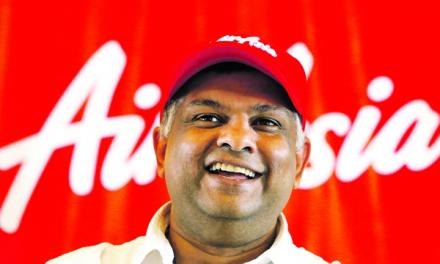 Tony Fernandes – Mengambil Pasar Lama yang Terabaikan Dengan Air Asia