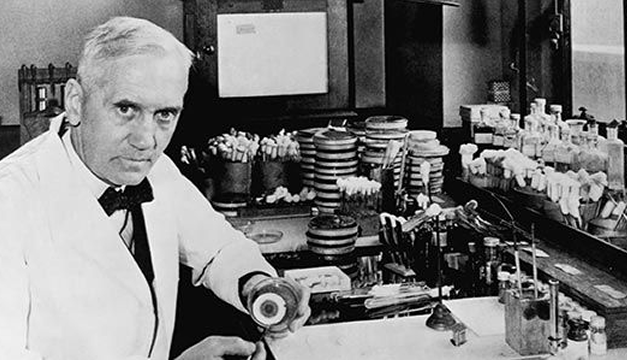 Sir Alexander Fleming – Penemu Penisilin