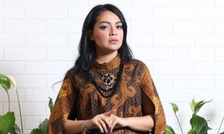Jessica Febiani – Dari Hobi Desain saat SMP Jadi Belasan Butik