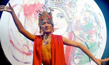 Bathara Saverigadi Dewantoro – Koreografer Seni Tari Tradisional Kelas Dunia Termuda