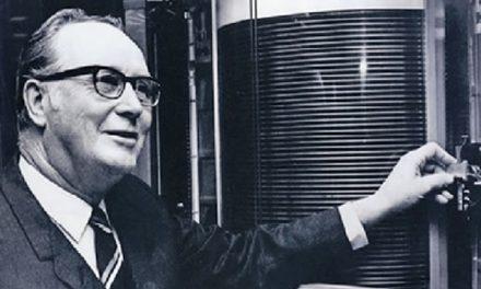 Reynold B. Johnson – Penemu Hard Disk Komputer