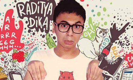 Raditya Dika – Penulis Novel Dan Komika