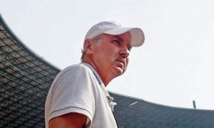 Alfred Riedl – Pelatih Tegas Dengan Sentuhan Midas
